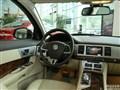 捷豹XF2013款3.0 V6 SC 豪華版中控方向盤
