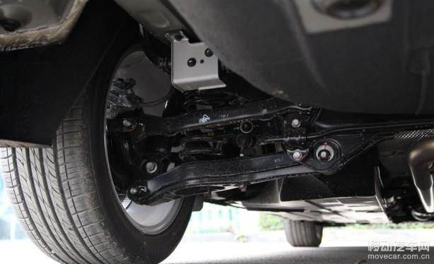 8l发动机匹配的是一台6mt变速箱和一台6at变速箱,而2.
