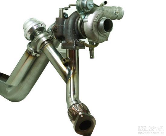 由排气压力直接推动的简单结构
