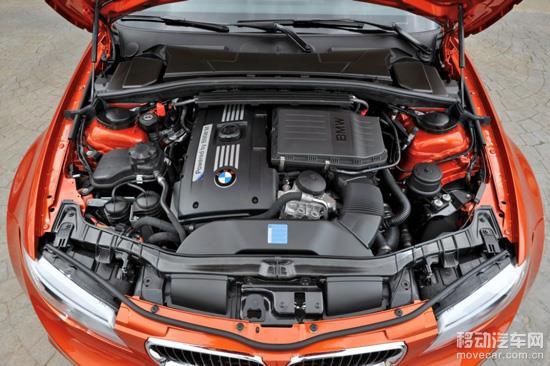 1、识别汽车故障产生的原因。对于发动机无法启动这类故障的诊断,首先应检测蓄电池。必须要弄清楚,发动机无法启动是不是蓄电池电量不足。 2、检测点火正时。正时皮带出现了打滑现象,是导致没有电火花产生、发动机无法启动这一故障的根本原因。 3、检测启动系统。对于发动机无法启动这类故障,首先着手做的工作是检测发动机启动系统中的电路。从最基本的组成形式来看,启动系统的电路一般来说包括下列最基本的部分,即蓄电池、启动电机以及连接这些部件的电缆等。当然,除此之外,点火开关、启动机继电器或电磁线圈,还有车载防盗系统等,也