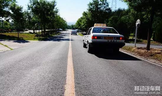 (最新版)驾照考试科目三靠边停车技巧
