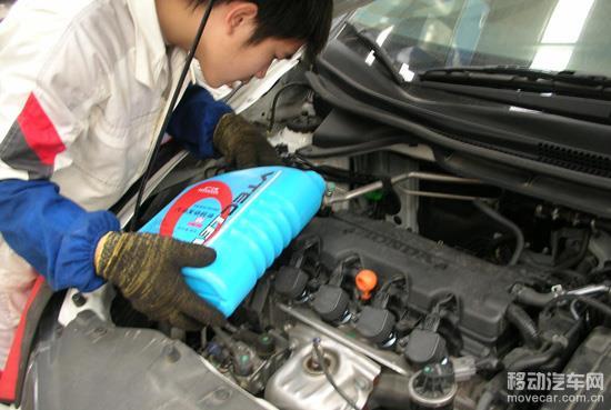 汽车发动机保养之如何换机油